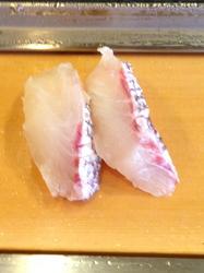 栄寿司/たい.jpg